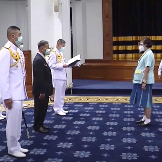 GGC เข้าเฝ้ากรมสมเด็จพระเทพฯ ร่วมกับกองทัพเรือ ถวายรายงานโครงการตามพระราชดำริ ต่อต้านโรคขาดสารไอโอดีนต่อเนื่องเป็นปีที่ 2
