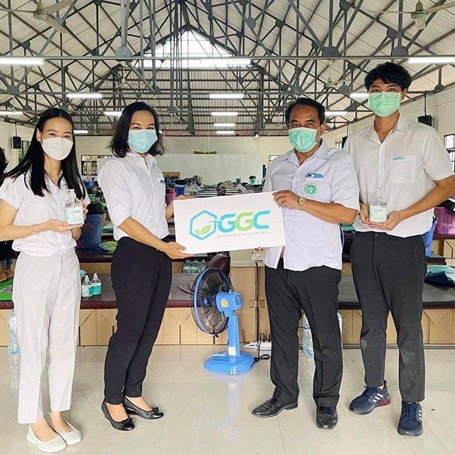 Green Health Project ส่งมอบเจลแอลกอฮอล์ ให้กับโรงพยาบาลสนาม ในพื้นที่ชุมชนมาบชลูด อ.เมือง จ.ระยอง